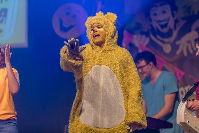 Adonia-KidsParty Bühne